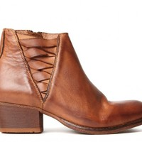 Ikat Tan Boot ($355.00) - Crafted in a beautiful calf leather, Ikat is the latest addition to our most popular range, Comet. Sat on a 4.5cm heel, Ikat is a boot that can be worn every day. A full leather lining ensures a comfortable wear, and natural leath