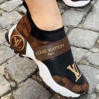 Inseva Louis Vuitton Women Shoes Velcro Toes Letters With Shoes Tail Letters Sneakers Coffee Tartan