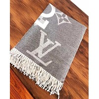 LV Louis vuitton fashion casual lovers large print logo fringed shawl scarf