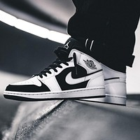 Air Jordan 1 Mid Premium middle-aged retro classic basketball shoes