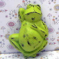 Frog Cast Iron Shabby Style Chic Toad Sleeping Relaxing Amphibian Lime Green Distressed Wall Decor