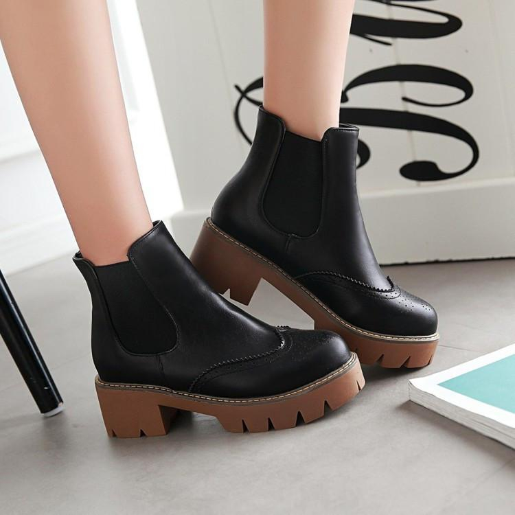 Image of Round Toe Chunky Heel Chelsea Boots 3539