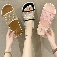 LV Louis Vuitton new slippers fashion outer wear student flat beach sandals slippers Shoes