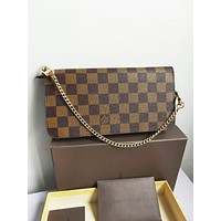 LV Louis Vuitton LV Hot Sale Women Leather Handbag Metal Chain Zipper Wallet Purse Crossbody Bag