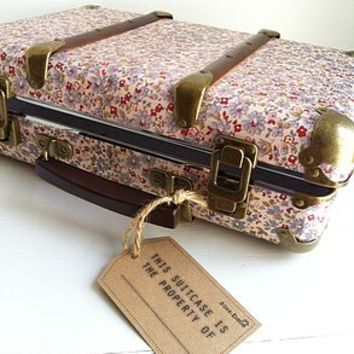 Vintage Style Ditzy Daisy Floral Suitcase