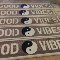 GOOD VIBES with a Yin Yang