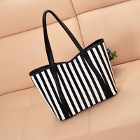 Women Classical Fashion One Shoulder Tote Bag On Sale = 4432174404