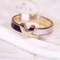 LV Fashionable Women V Ring Accessories Fine Jewelry
