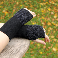 classic black long fingerless gloves, arm warmers with geometric pattern, wrist warmers beaded, fingerless gloves cuff, cashmere wool