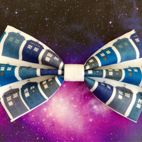 Doctor Who Tardis Inspired Hair Bow or Bow by rocketshipsandradios