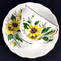 Royal Vale Daisies Teacup and Saucer, Yellow Daisy Tea Cup, Made in England J-1700