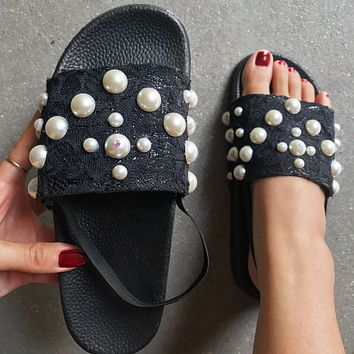 New summer women's craftsmanship lace pearl sandals flat casual one-line women's shoes