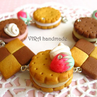 Kawaii cute handmade polymer clay butter chess cookie rhinestone strawberry whipped cream charm bracelet