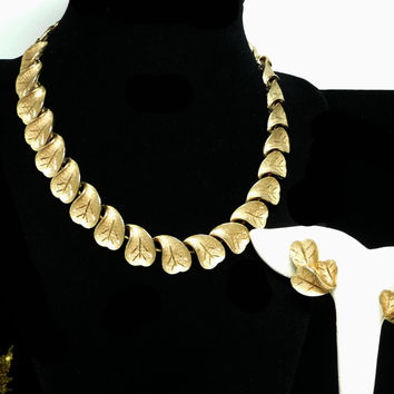 Coro Necklace & Earrings Demi Parure - Goldtone Leaves Vintage Jewelry Set - Clip on Leaf Earring Necklace Set - Designer Signed