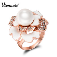 Newest Fashion Jewelry Rose Gold Flower Finger Rings for Woman Simulated Pearl Bloom Wide Rings