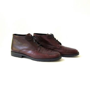 90s leather ankle boots. oxblood red boots. women's lace up shoes.