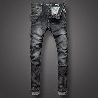 Italian Mens Jeans Black Color Slim Fit Denim Jeans Men Buttons Skinny Jeans