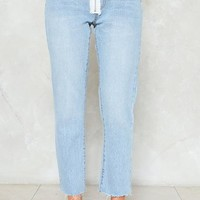 On the Fly Cropped Jeans