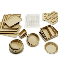 Williams-Sonoma Goldtouch® Bakers Dream 25-Piece Bakeware Set