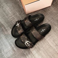 LV Louis Vuitton 2018 new fashion trend comfortable sandals and slippers F/A