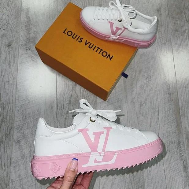 Image of LV Women's sports shoes