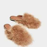 FEATHER MULE FLATS DETAILS