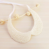Winter Trends, Christmas Gifts Idea Fashion Accessories, Ivory or white Pearl Collar Necklace, Peter Pan Collar Necklace, Handsewn