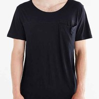Feathers Hidden Pocket Tee