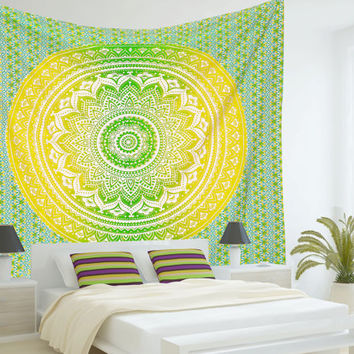 Large Indian Mandala Tapestry Hippie Hippy Wall Hanging Throw Bedspread Dorm Tapestry Decorative Wall Hanging , Ombre Mandala Tapestries