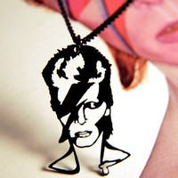 David Bowie Ziggy Stardust homage necklace in black stainless steel - glam musician jewelry