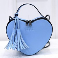 Creative tassel heart shape ladies cross body messenger bag women shopping heart-shaped shoulder bags 2017 new woman handbags