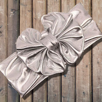 "Cute Girl Headband, Metallic Silver 5"" Big Bow Headband"