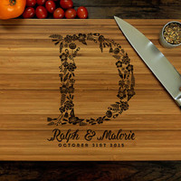 Personalized Wedding Gift, Custom Cutting Board, Anniversary Gift, Floral Monogram, Hostess Gift, Bride And Groom Gift, Bridal Shower Gift