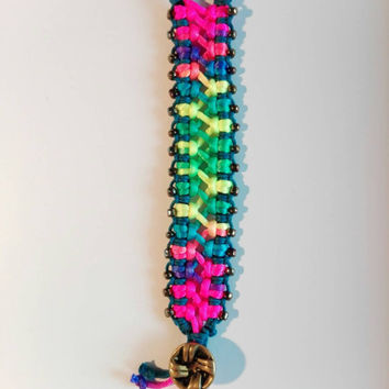 Rainbow bracelet,braided,woven bracelet, friendship bracelet, rainbow,paracord bracelet,hippie,free spirit,bohemian,beatnik,criss-cross