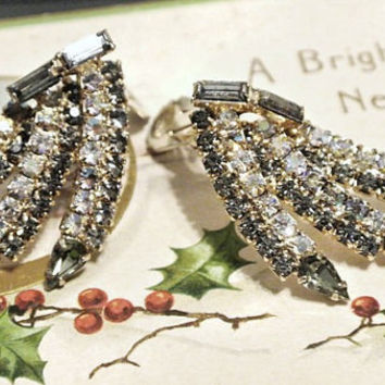 Alice Caviness Earrings Signed 100 Rhinestones Designer Mid Century 1950s 1960s Clip On Aurora Borealis Swarovski Crystals Hollywood Glam