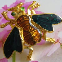 Vintage Trifari™ Bee Pin, Enamel & Rhinestone Bee Lapel or Scatter Pin, Honey Bee, Insect, Bug,