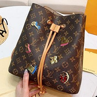 LV Louis Vuitton New fashion monogram leather shoulder bag crossbody bag bucket bag