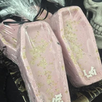 Death Bed bath bomb, bath bomb, bath bomb with flowers, rose bath bomb, goth bath bomb, gothic, coffin bath bomb