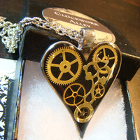 Clockwork Heart with Gears Steampunk Pendant Necklace- (1806)