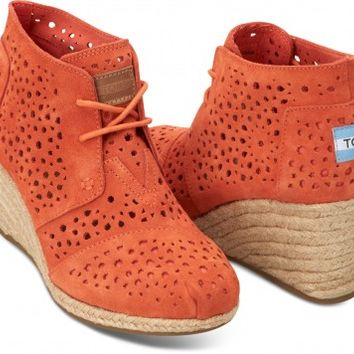 TOMS Shoes Orange Moroccan Cutout Desert Wedges Closed Toe Women's Heels,