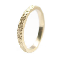 thin felt ring in 14K gold / daily simple but unique gold ring to wear each day everywhere / wedding engagement ring