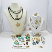 42 Pieces Of Designer Signed Jewelry All For One Price! / Nothing Broke Or Missing Parts