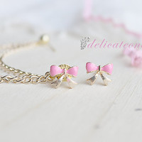 Pink Bow Stud with Gold Chain Cartilage Earring / Cartilage Piercing