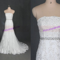 2014 long white tulle lace wedding gowns with crystals,cheap elegant women dresses hot,simple strapless bridal dress on sale.