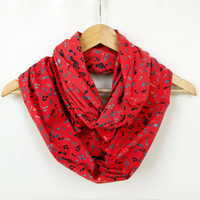 Music Notes Printed İnfinity Scarf, Red Cotton Scarf