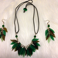 Frosted Olive Green Leaves Suede Leather Cord Necklace & Earrings Set, Bib Necklace, Fashion Jewelry