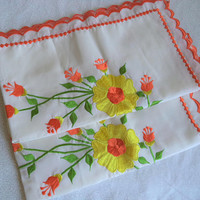 Set of two orange and yellow flower pillow shams/ vintage pillow cases with scallop edging/ embroidered flowers off white pillow shams