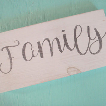 Family rustic wood sign, Farmhouse family sign, Farmhouse chic sign,  Modern farmhouse, Housewarming gift, Black and white sign
