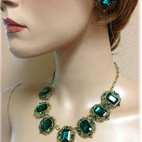 Wedding jewelry , bridal crystal jewelry, Vintage inspired necklace earrings, Emerald green jewely, Golden jewelry, bridesmaid jewelry