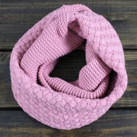 Knitted Infinity Scarf, Honeycomb knitted Scarf, Womens Scarf, Chunky and cozy Scarf, Fall Scarves, Dusty Rose Infinity Scarf,